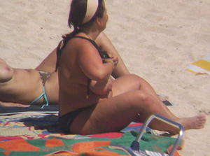 2-Topless-Mature-Women-I-Saw-On-The-Beach-%2817-Pics%29-t7bdwhgsd7.jpg